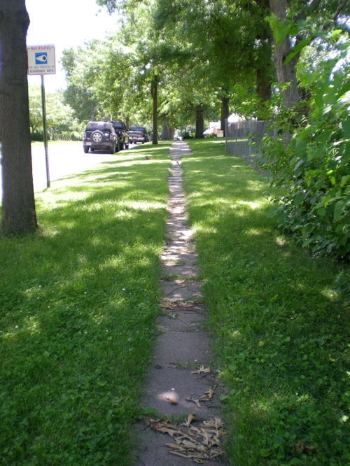 Derive 8 sidewalk